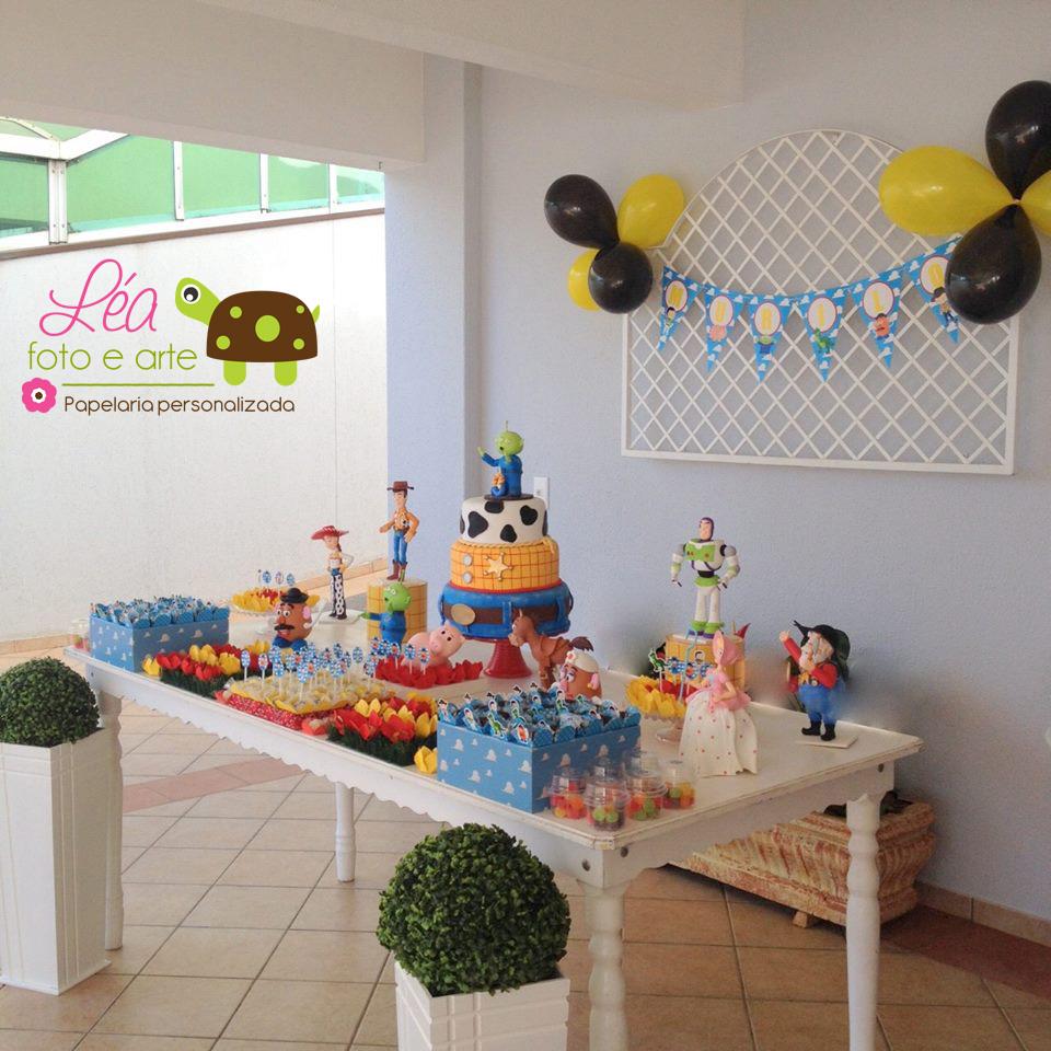 festa-toystoy_mesa